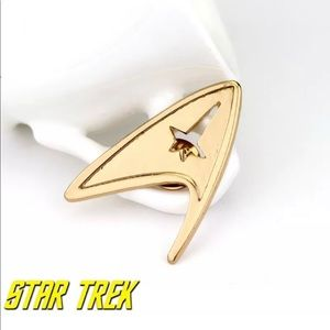 Jewelry - Star Trek Pin